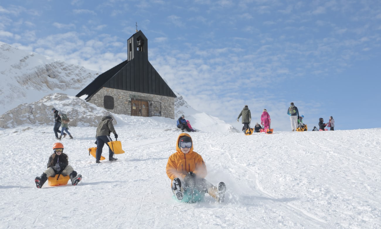 On the slide in Germany: sledging in the Bavarian Alps