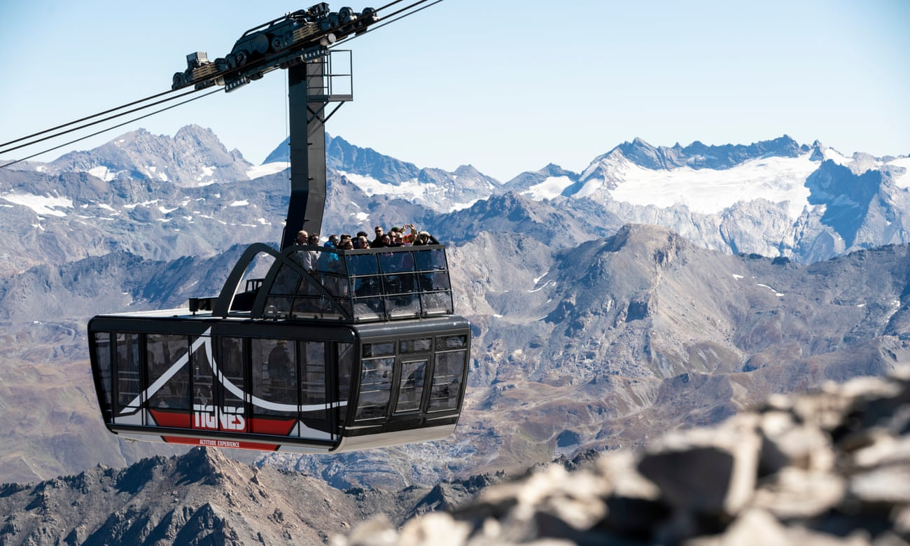 World's first high-altitude cable car roof terrace opens in France