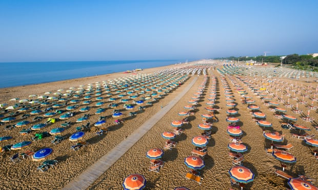 Venice's Bibione beach is the first in Italy to ban smoking