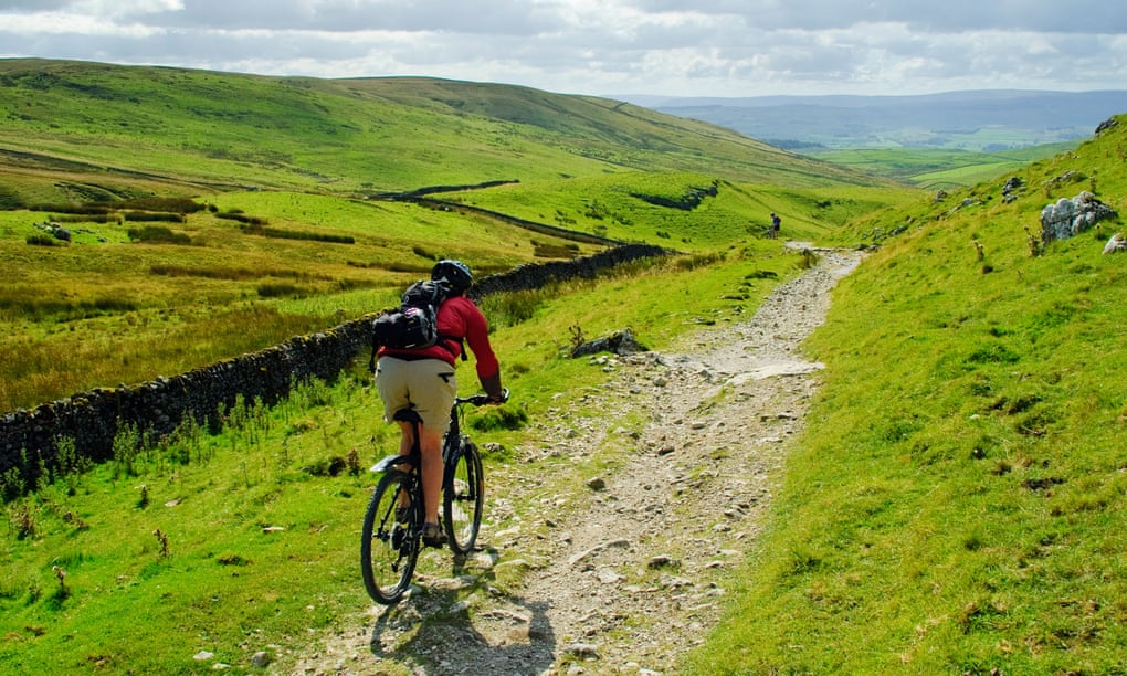 Five of the UK's best scenic cycle rides