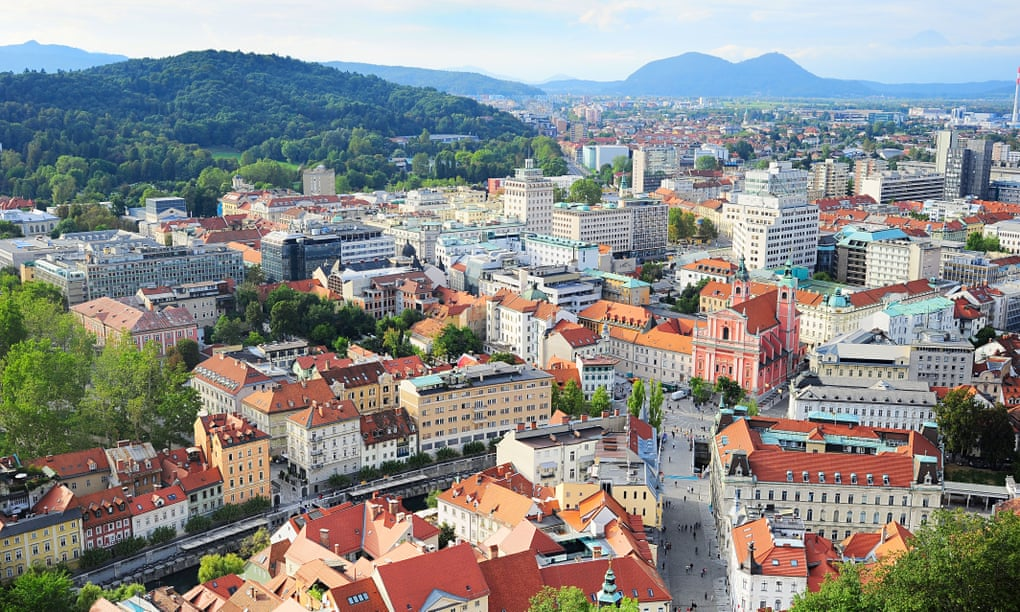 Walking round the world in a day – in Ljubljana, Slovenia