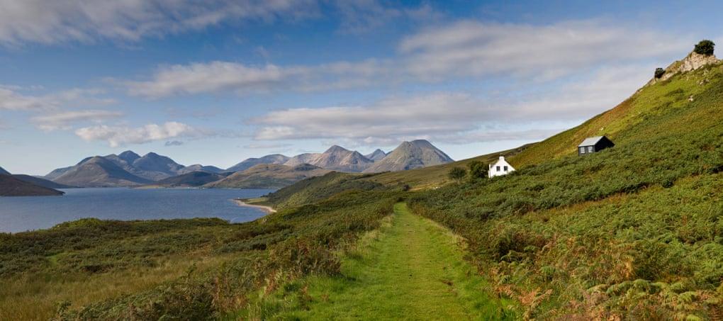 10 of Scotland's best island retreats